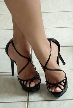 Delicious female feet Tan Strappy Heels, Sexy Legs And Heels, Hot High Heels, Stiletto Heels, Shoes Heels, Beautiful High Heels, Gorgeous Feet, Sexy Stiefel, Sexy Toes