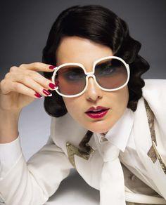 die 54 besten bilder auf brillen in 2019 eyewear, beautiful womenshalom harlow in vogue italia december 2018 by inez \u0026 vinoodh