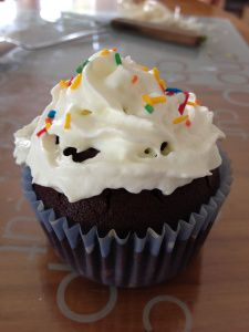 Chocolate Cupcakes with White Icing Recipe