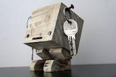 Hoi! Ik heb een geweldige listing gevonden op Etsy https://www.etsy.com/nl/listing/229401765/porte-cles-manchula-en-bois-de-palette