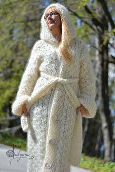READY handmade cardigan long mohair coat hand knitted by Dukyana Pull Mohair, Plain White T Shirt, Big Knits, Mohair Sweater, Sweater Coats, Chunky Wool, Red Cardigan, Wool Sweaters, Lana