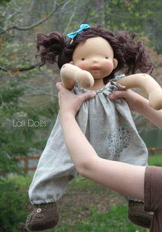 OF1 Make a doll using natural fibres - dress with natural fibres