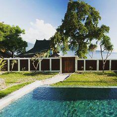 What a beautiful day in our Nautilus Villa by 7SEAS #giliair #giliislands #thegiliguide #thebalibible #indonesia #bali #lombok #exploreindonesia #islandlife #instagood #lunchtime #instatravel #paradisevacation #sea #sealovers #holidays