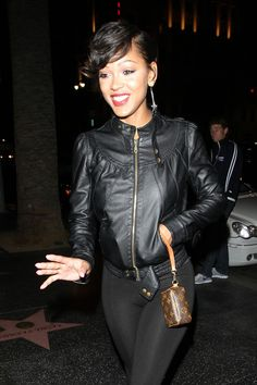 Meagan Good Photos - Meagan Good poses for photographs as she arrives for dinner at celebrity hotspot Katsuya in LA. - Meagan Good at Katsuya Cool Short Hairstyles, Weave Hairstyles, Short Hair Styles, Natural Hair Styles, Meagan Good Short Hair, Black Is Beautiful, Gorgeous Women, Megan Good, Indian Hair Weave