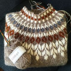 Knitting Patterns Yarn herminehesse: Icelandic Sweaters (my favies to make) Knitting Designs, Knitting Projects, Crochet Projects, Knitting Tutorials, Fair Isle Knitting, Hand Knitting, Knitting Sweaters, Vintage Knitting, Knitting Patterns
