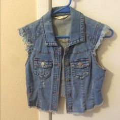 Jean vest First pic is true to color, never got to wear it PacSun Other