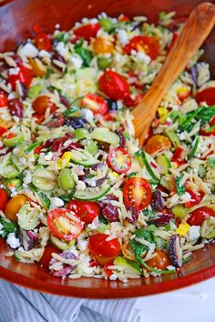 Mediterranean Orzo Salad – The Comfort of Cooking Healthy Pasta Salad, Orzo Salad, Easy Pasta Salad, Healthy Pastas, Olive Oil Dressing, Light Pasta, Zucchini Pizza Bites, Grilled Chicken Skewers, Potato Bites