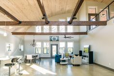 Texas Couple Loves Style, Quality Of Their SteelMaster Quonset Hut Home And Barn - SteelMaster Buildings Bungalow Homes, Ranch Style Homes, Color Palette For Home, Quonset Hut Homes, Cabin Homes, Small Cottage Homes, Small Homes, Hut House, Minimalist Home Interior