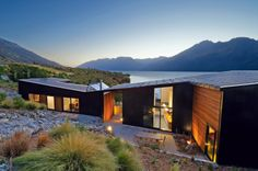 Pete Ritchie and Bronwen Kerr of Kerr Ritchie Architects, design their own home on the shores of Lake Wakatipu. #architecture