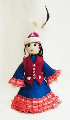 KYRGYZSTAN - hand made Sultanalieva Elmira Temirovna doll