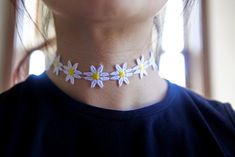 hello, whimsy.: TUTORIAL: 90'S CHOKERS PART 1