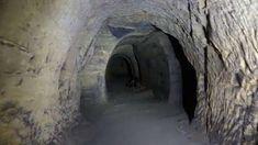 Tajemné místo jak z jiného světa 160 metrů pod zemí, kam se málokdo podívá | TaJeMno | TelevizeSeznam.cz Caves, Videos, Blanket Forts, Cave