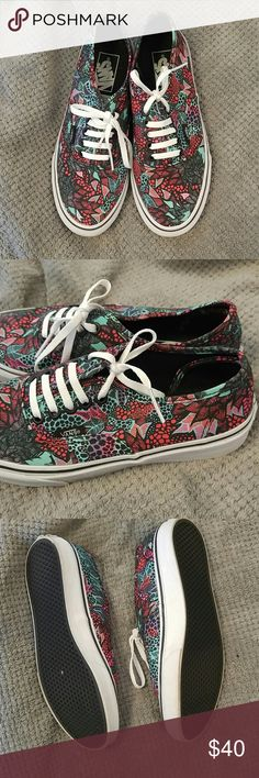 Patterned Vans Only worn twice and in excellent condition. Shows barely any signs of wear Vans Shoes Sneakers