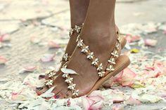 elinalinardaki.com \\ shoes, jewellery, accessories