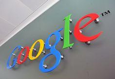Google презентовала программу для вычисления спам-звонков http://webnews39.ru/google-prezentovala-programmu-dlya-vyichisleniya-spam-zvonkov/  Корпорация Google добавила функцию определения спам-звонков в стандартное приложение «Телефон» для устройств Nexus и Android One на Android. Сообщается, что