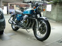 Japanese Motorcycle, Honda Cb750, Classic Bikes, Vintage Japanese, Cycling, Motorcycles, Biking, Bicycling, Motorbikes