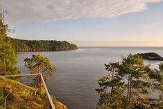 Modern Beach House, Bowen Island, Canada | boutique-homes.com