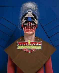 <p>27-year-old Swiss photography student Marie Rime creates visually striking masks by gluing together familiar games apparatus such chess pieces, playing cards, pick-up sticks. Her Masques series started as an art school project on games before evolving into a wider exploration of the idea of power – a recurrent theme throughout her more recent work. Inspired…</p>
