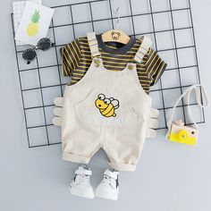 Cute Summer Cartoon Bee Baby Boys T Shirt and Strap Shorts Search here CategoriesBaby Boy Clothing Baby Bodysuits & One-Pieces Baby Boy Clothing Sets Baby Boy Hoodies & Sweatshirts Baby Boy Outerwea Baby Outfits Newborn, Baby Boy Newborn, Baby Boy Outfits, Baby Kids, Baby Baby, Carters Baby, Baby Boy T Shirt, Baby Boy Romper, Baby Boy Clothing Sets