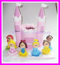 Fofucha Disney princesses Foam Crafts, Craft Foam, Diy Crafts, Lalaloopsy, Disney Princesses, Projects To Try, Christmas Ornaments, Olaf, Holiday Decor