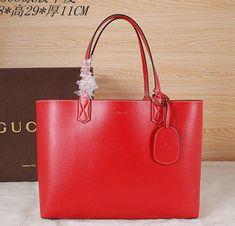 fa6ce151669b 42 Popular Gucci Tote Bags images | Gucci tote bag, Bags, Tote Bag