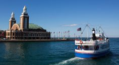 Chicago Skyline Lake Tours| Shoreline Sightseeing| Chicago Boat Tours
