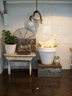 naïf nostalgie: nog een beetje pasen erbij frmhous kitchen, afval materia, ideeën voor, vintag decor, voor het, het hui