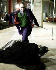 Joker - The Dark Knight - Heath Ledger Joker Dark Knight, The Dark Knight Trilogy, Der Joker, Joker Heath, Joker And Harley Quinn, Heath Legder, Joaquin Phoenix, Martin Scorsese, Gotham City