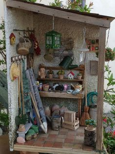 .miniature potting shed