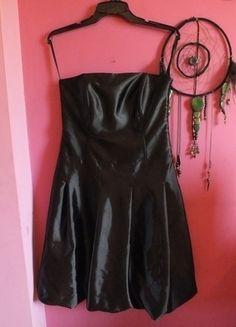 Kup mój przedmiot na #vintedpl http://www.vinted.pl/damska-odziez/krotkie-sukienki/13462917-czarna-sukienka-bez-ramiaczek-s-36-mala-czarna-gorset-gala