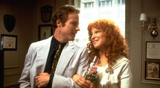 365 Day Movie Challenge Day I'm posting an image from a movie that had an impact on me. No explanations. Recognize it? Beaches Bette Midler, Spalding Gray, John Heard, The Pursuit Of Happyness, 1980s Films, Shirley Maclaine, Family Bonding, Comedy Tv