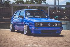 Let us get a brief overview of the many revisions over the years to this popular car. Volkswagen Golf Mk1, Vw Mk1, Golf Mk2, City Golf, Sports Car Wallpaper, Vw Classic, Vw Cars, Cars Auto, Unique Cars