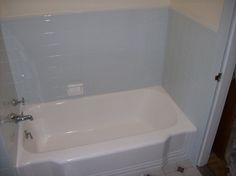 Who Does Bathtub Refinishing    certified , licensed, reliable  best service  623-7920017 bathtub reglazing  Scottsdale Arizona