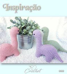 Inspire-se!!! Kawaii Crochet, Crochet Disney, Cute Crochet, Easy Crochet, Crochet Hooks, Crotchet, Crochet Dinosaur Patterns, Crochet Patterns Amigurumi, Diy Crochet Projects