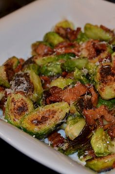 Brussels Sprouts Bacon This is AWESOME! Brown chopped bacon, remove to drain, cook split Brussels in bacon grease. Sauce: 2 T grainy mustard, 1 tsp cider vinegar, 2 T honey. Shred Parmesan over the top. Sounds good minus the cooking in bacon grease Sprout Recipes, Vegetable Recipes, Vegetable Snacks, Cooking Recipes, Healthy Recipes, Vegetarian Recipes, Vegetable Side Dishes, Side Dish Recipes, Dinner Recipes