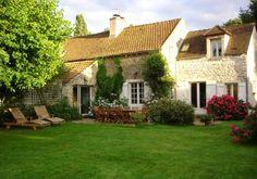Explore Rambouillet forest and Castle by #housesitting https://www.nomador.com/fr/home-sitting/1504-grosrouvre-ile-de-france-france