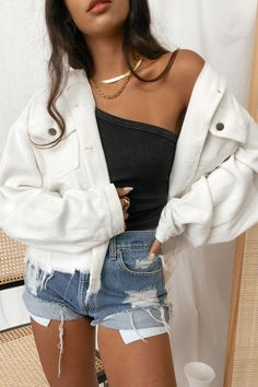 Trendy Summer Outfits, Cute Comfy Outfits, Simple Outfits, Stylish Outfits, Cute Jean Jacket Outfits, Stylish Clothes, Teenage Outfits, Teen Fashion Outfits, New Outfits