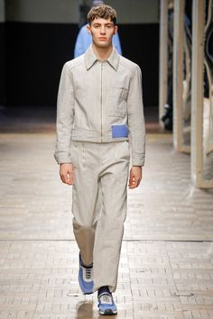 The complete Dirk Bikkembergs Fall 2018 Menswear fashion show now on Vogue Runway.