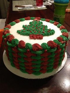Christmas basket weave by Buttercream Wishes …