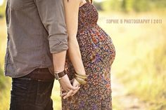 maternity photo.Cute belly shot