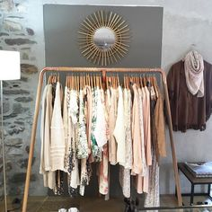 La jolie boutique @apachemegeve est sur Instagram ! J'ai envie de tout acheter  #megeve #pastel
