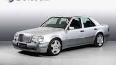 Mercedes Nå kan du sikre deg et stykke bilhistorie Mercedes E 500, Mercedes Benz Classes, Classic Mercedes, Mercedes Benz Cars, Old Scool, Mercedez Benz, Super Sport Cars, Benz E Class, Motorcycle Bike