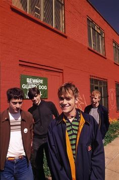 Find images and videos about blur and damon albarn on We Heart It - the app to get lost in what you love. Damon Albarn, Blur Band, Rock Festival, Charlie Brown Jr, Going Blind, Jamie Hewlett, Britpop, Gorillaz, Movie Photo