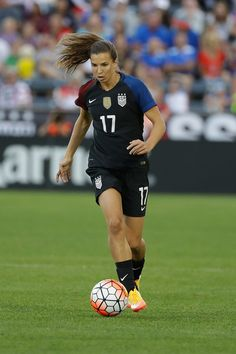 Tobin Heath  17 during an international friendly match against Japan at  Dick s Sporting Goods Park 2cd0cce2b