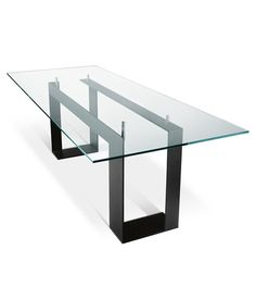 Rectangular glass table MILES By Tonelli Design design Giulio Mancini Glass Dinning Table, Dining Table Design, Dining Room Table, Industrial Design Furniture, Contemporary Furniture, Furniture Design, Steel Furniture, Furniture Legs, Esstisch Design