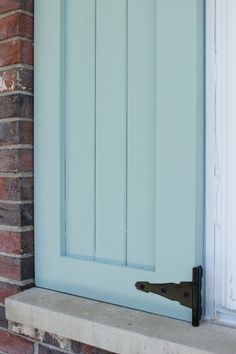 Give your home a simple and chic upgrad with these DIY Craftsman exterior shutters. We have the step-by-step tutorial. House Shutters, Diy Shutters, Window Shutters, Exterior Shutters, Cottage Shutters, Rustic Shutters, Craftsman Exterior, Craftsman Style, Exterior Paint