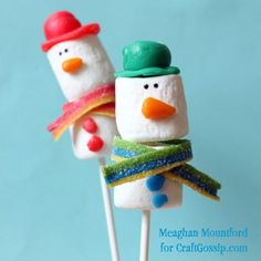 Snowman Marshmallow Pops with Airheads Accessories · Edible Crafts | CraftGossip.com