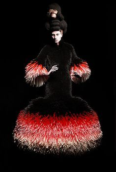 Working on the intersection between fashion design and visual art, Danish fashion designer Nikoline Liv Andersen creates elaborate garments…