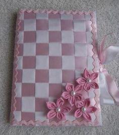 Artesdanana blog: Toda solicitud de presupuestos únicamente por correo electrónico: artesdananace@hotmail.com Fortaleza, cuaderno forrado con raso Cintas