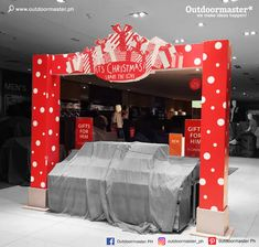 Have your shopping stores some Christmas-spirited arc design to entice every customer's excitement to think about giving gifts this coming holiday season!    For all your graphic and printing needs, contact 0917 8300 990!  For more details, visit our website: www.outdoormaster.ph  #outdoormaster #wemakeideashappen #graphic #signs Street Banners, Bacolod, Channel Letters, Tarpaulin, Plastic Sheets, Shopping Stores, Visual Communication, Wall Stickers, Wall Murals